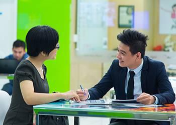 Học tiếng Anh với người nước ngoài